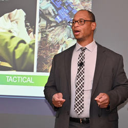 photo of Roderic C. Jackson, the Defense Intelligence Chair and Defense Intelligence Agency (DIA) Representative to the Combined Arms Center and Army University, delivering the Dec. 10, 2019 lecture in the Interagency Brown-Bag Lecture Series.